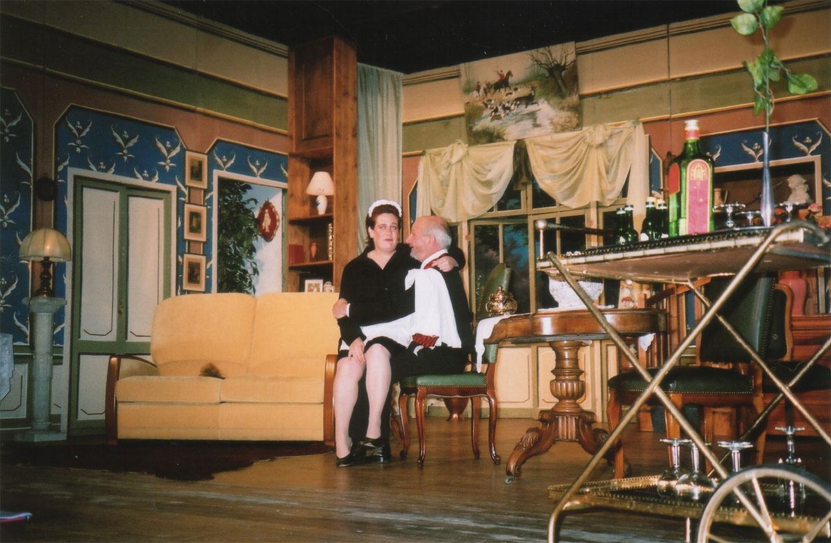 Theatre St Paul Du Bois > Costumes et Thé u00e2tre Saint Paul du Bois THÉ u00c2TRE Comédie